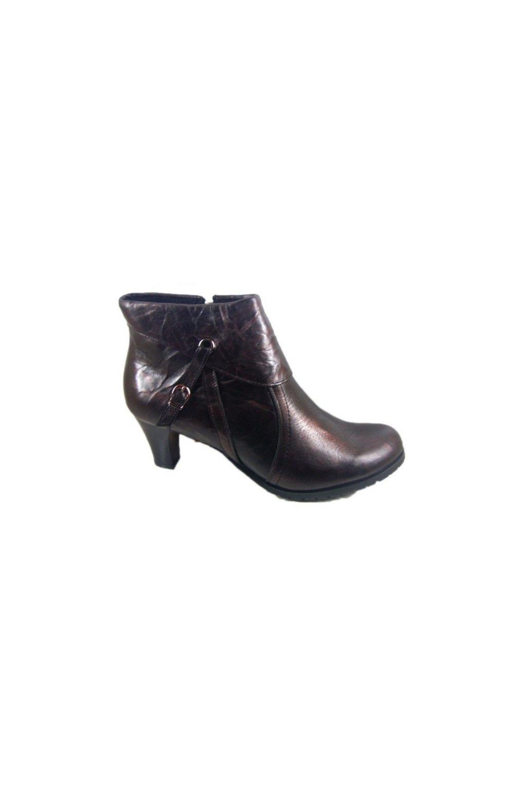 Nadměrná dámská obuv Hujo B15