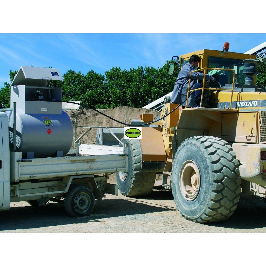 Ocelová  mobilní nádrž na naftu 980 litrů (venkovní i vnitřní použití)