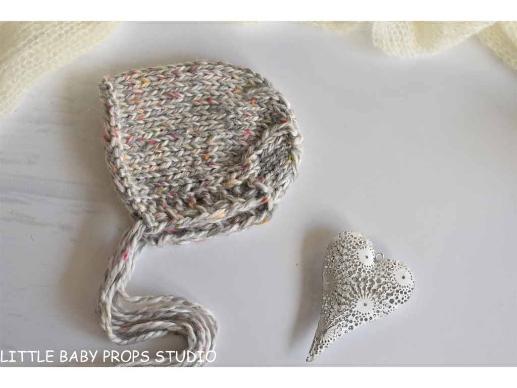 Na focení miminek - čepička béžová tweedová