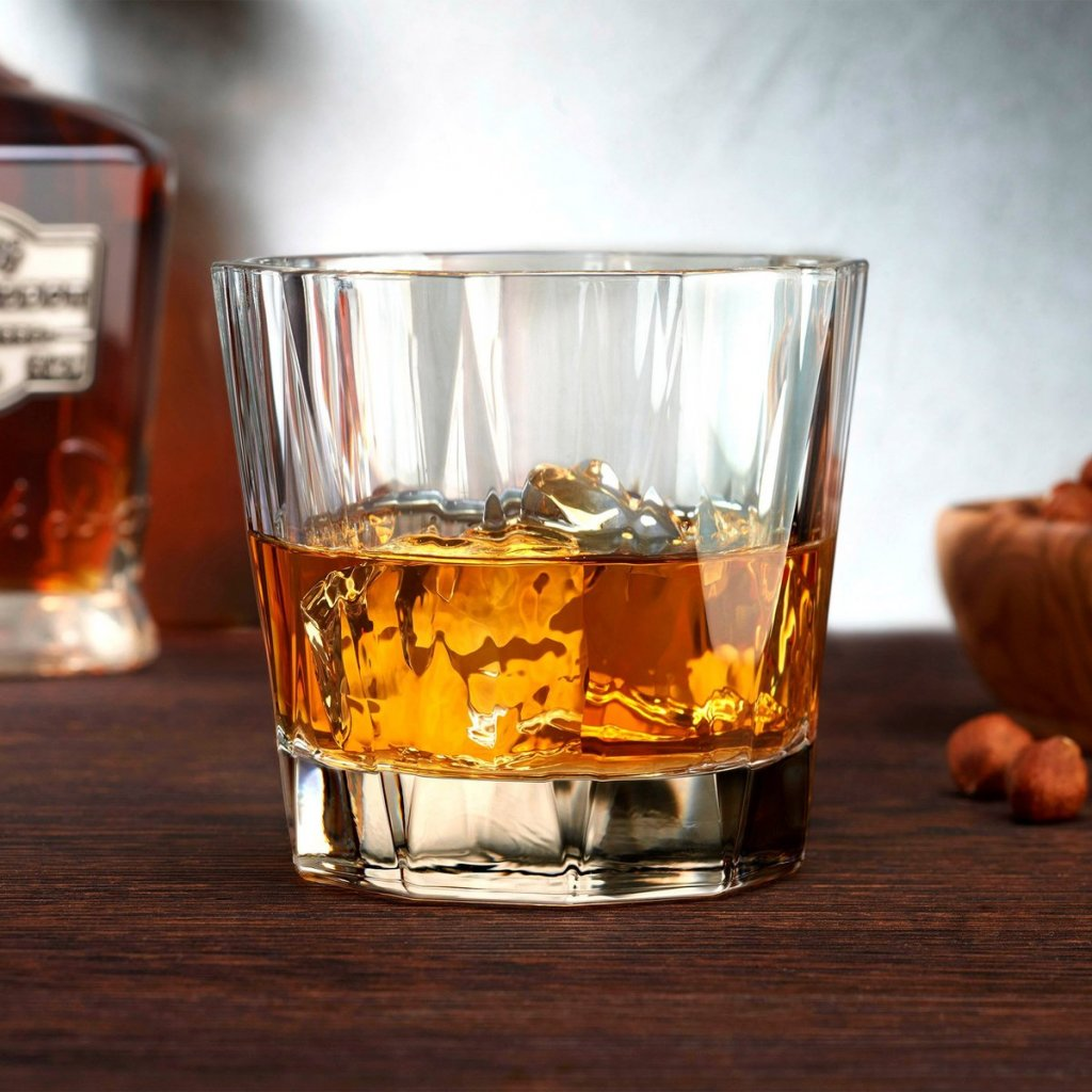 Hemingway Set of 4 Whisky Glasses 3