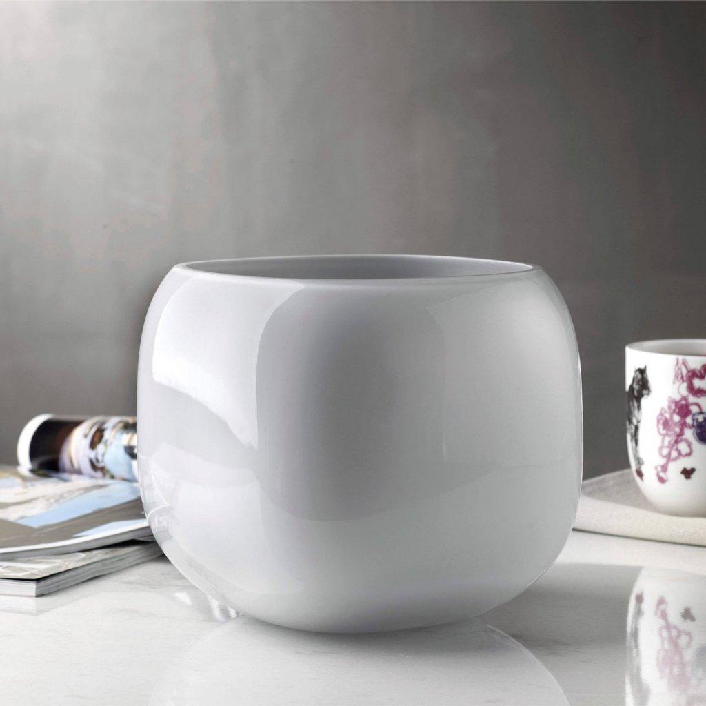 Mono Box Vase Medium 2