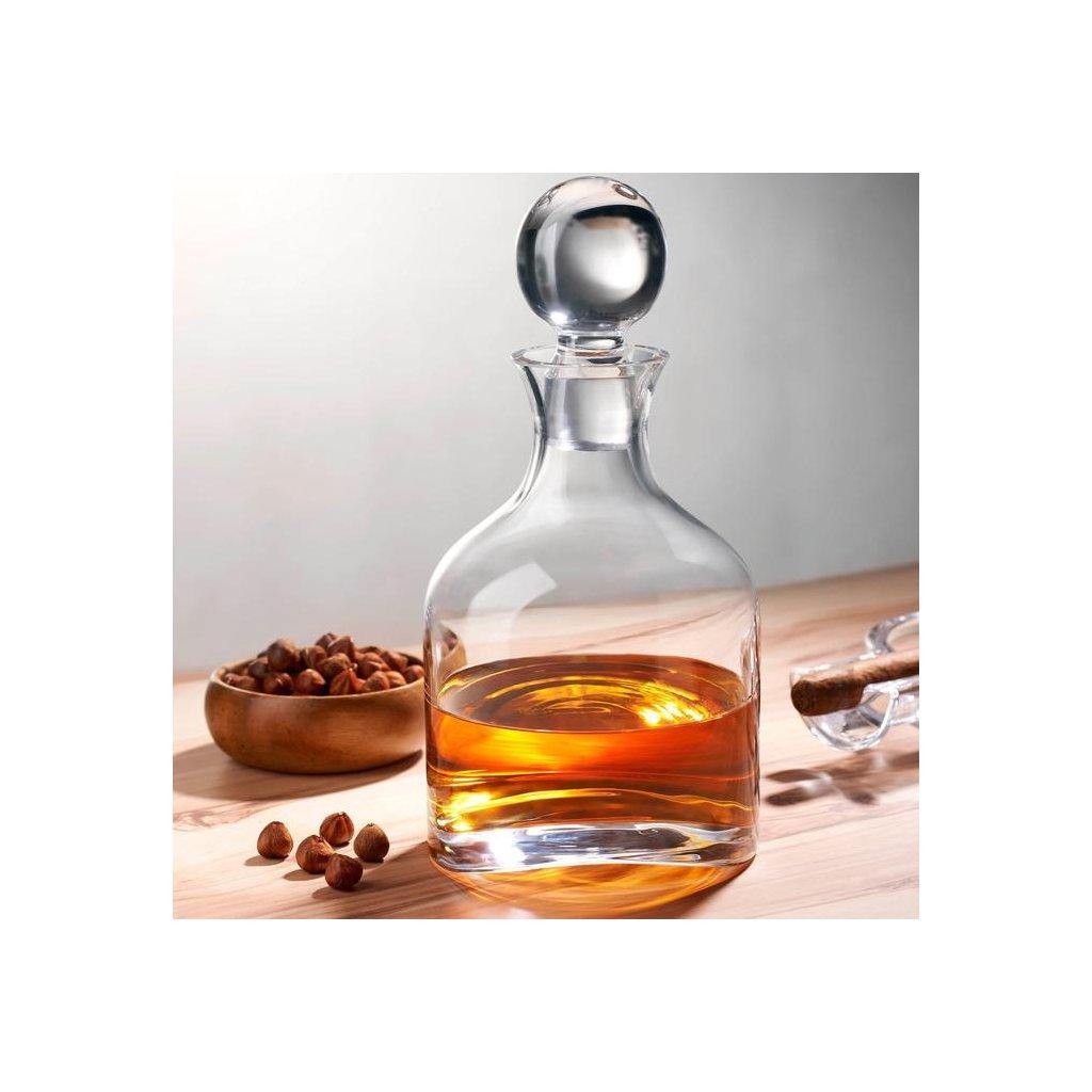 duzenlemeler 0001 Lifestyle Arch Whisky Bottle 92572 1049901 700x