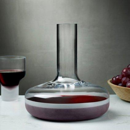 Contour Wine Carafe with Sandblasted Base 2