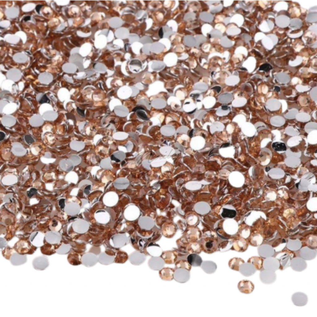 Kamienky na nechty 2 mm 200ks Zlaté