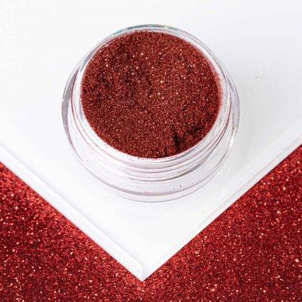 cerveny zrkadlovy prasok na nechty