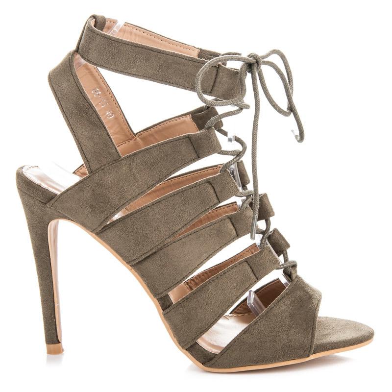 3144d4a82a52 Na podpätku. Gladiátorky sandále