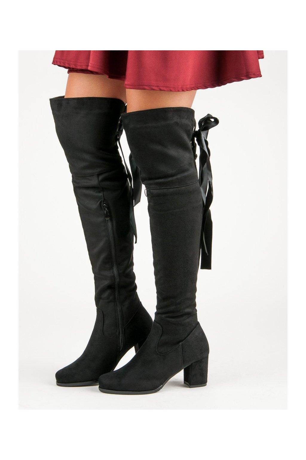 Elegantné čižmy čierne mušketierky na opätku Queentina