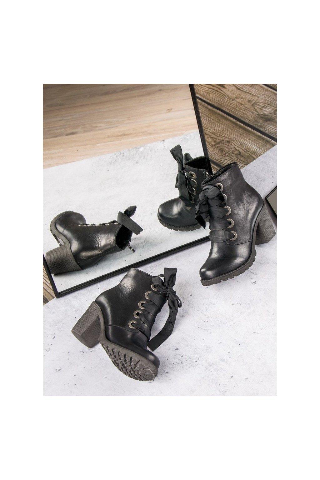 Dámske kožené topánky čierne členkové čižmy VINCEZA a68a8dcadb7