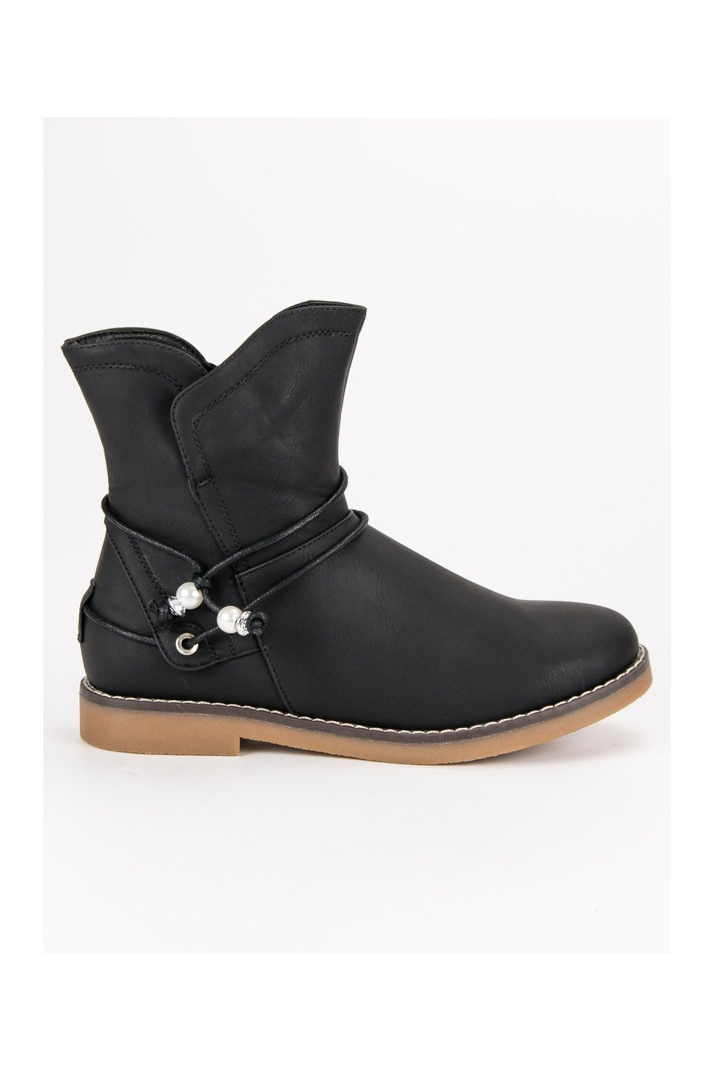 Pohodlné jesenné topánky členkové čierne čižmy s ozdobou CnB be880c7e22f