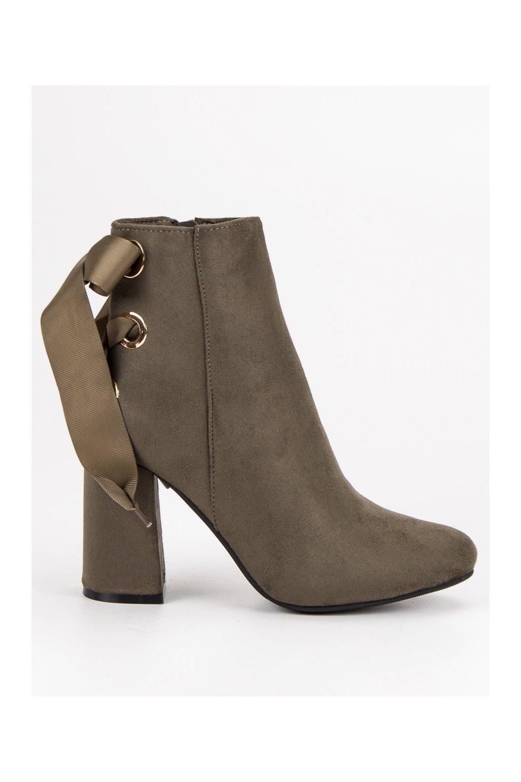 5302d7ae15a0 1044405 topanky-na-stlpovom-opatku-ideal-shoes.jpg 5bf49448