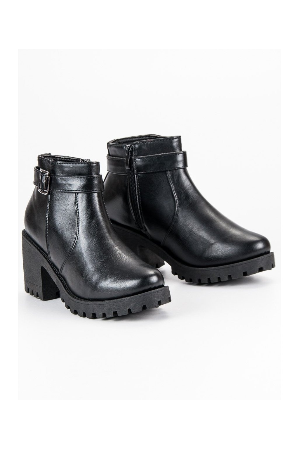 ... Čierne dámske topánky s hrubou podrážkou CnB ... c5afacd24e3
