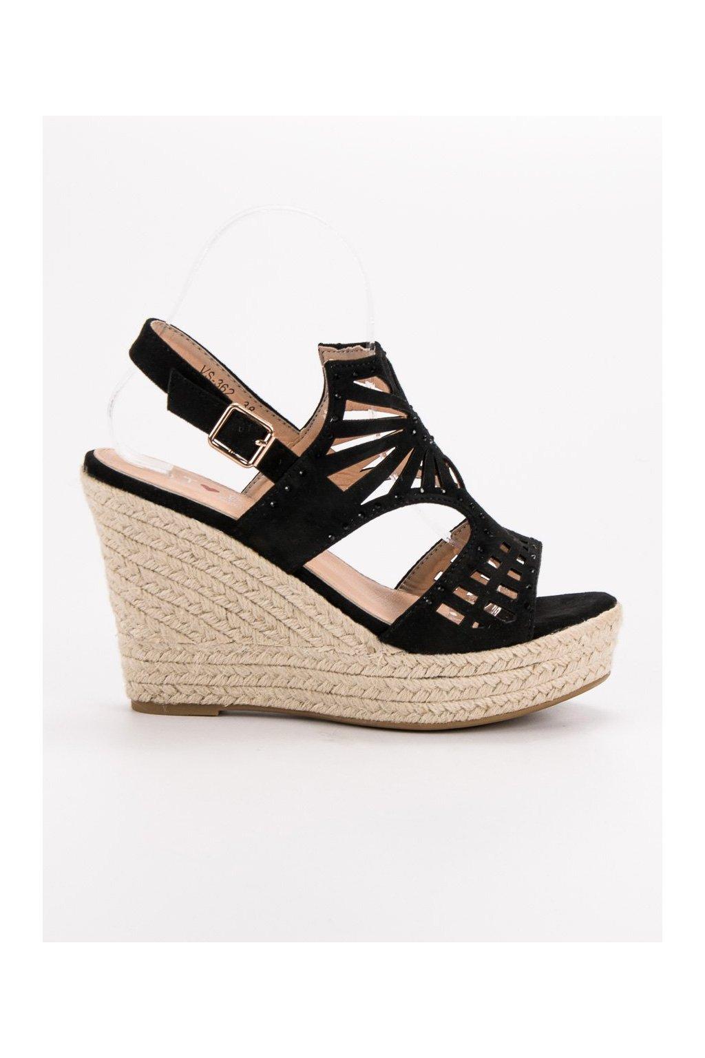 055903ef8b 1053861-4 cierne-sandale-na-klinovom-opatku-top-shoes.jpg 5c5cbd7f