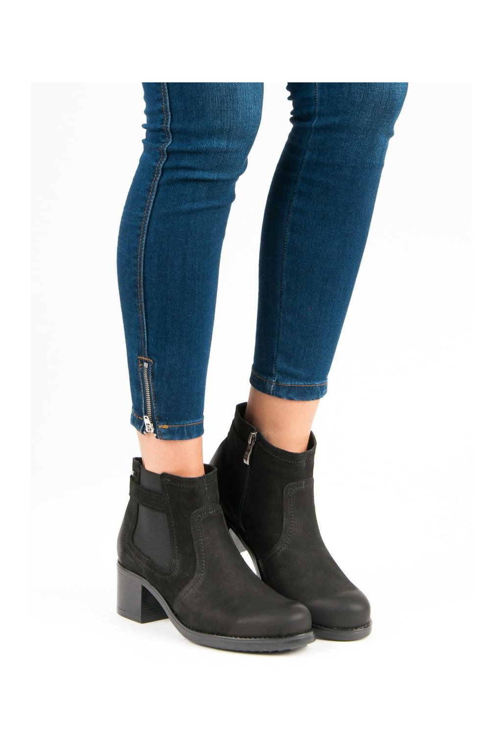 Čierne topánky na hrubom podpätku Vinceza kod 1280/5B