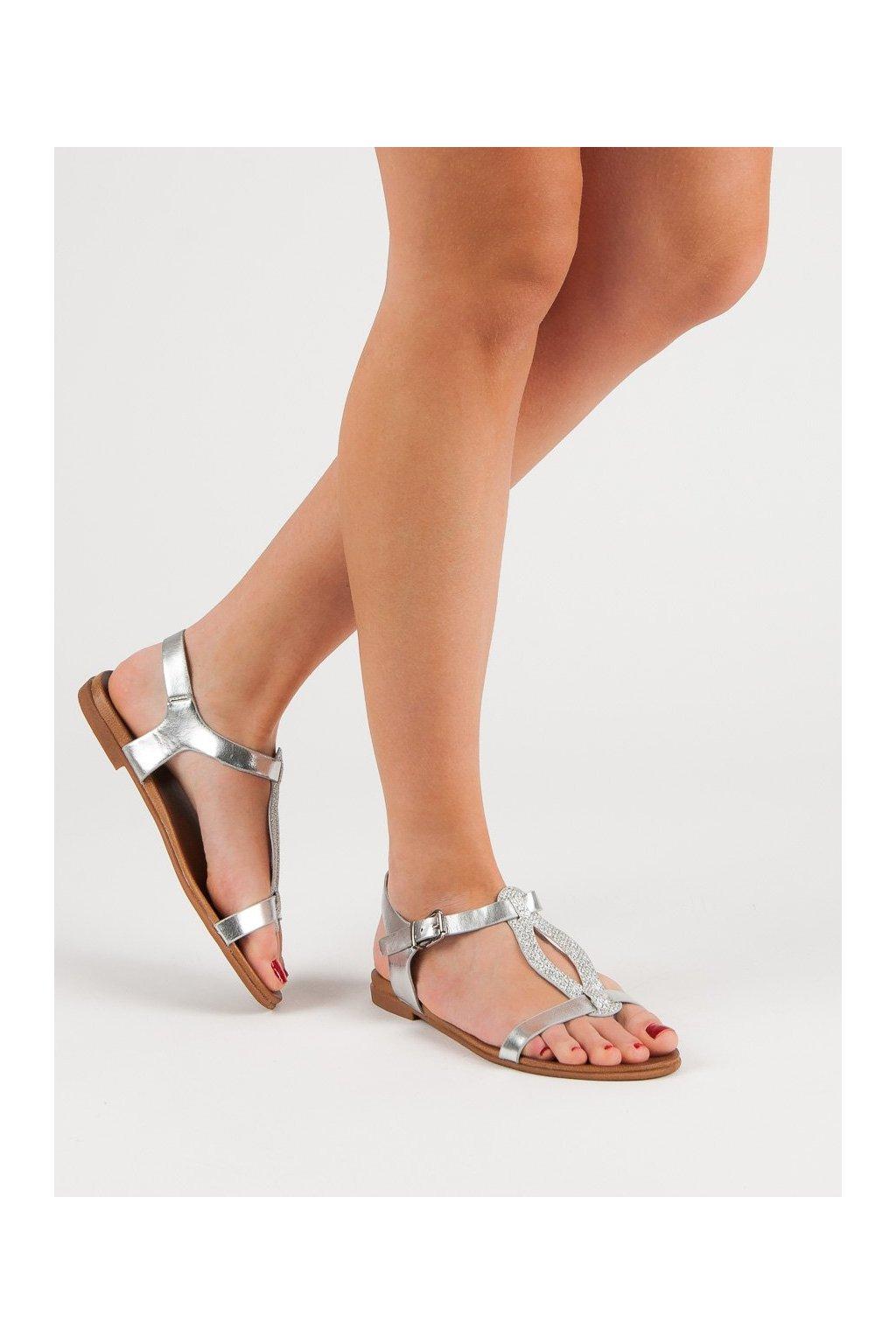 Sivé sandále s plochou podrážkou Filippo kod DS801/19S