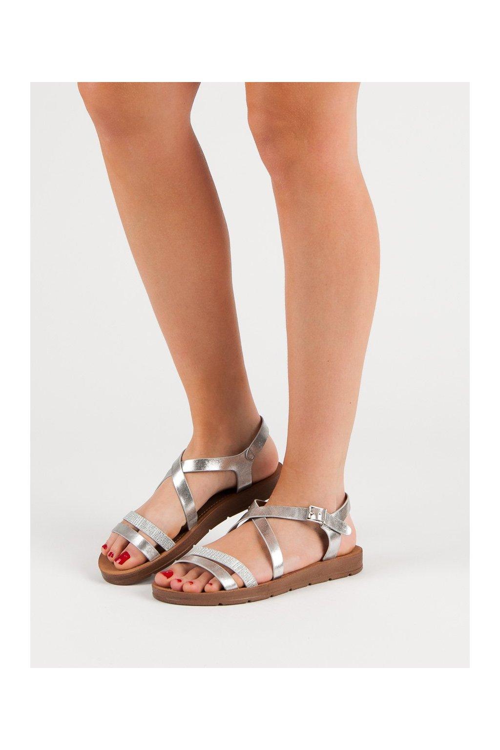 Sivé sandále s plochou podrážkou Filippo kod DS803/19S