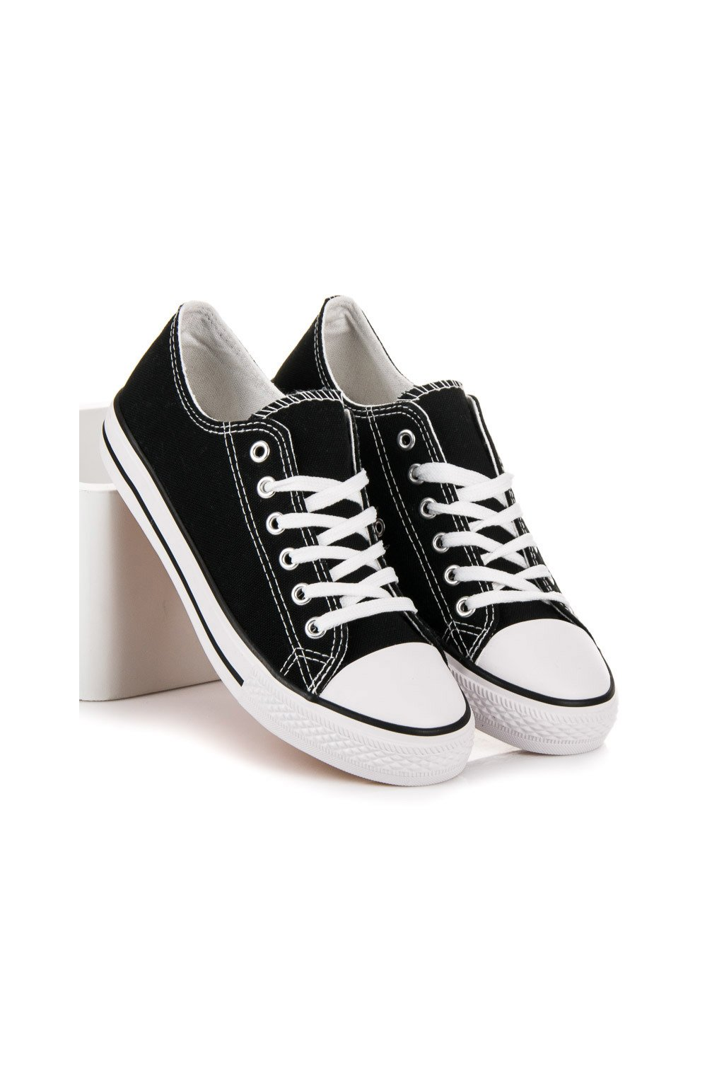 Čierne topánky - Shelovet kod XL03B/W