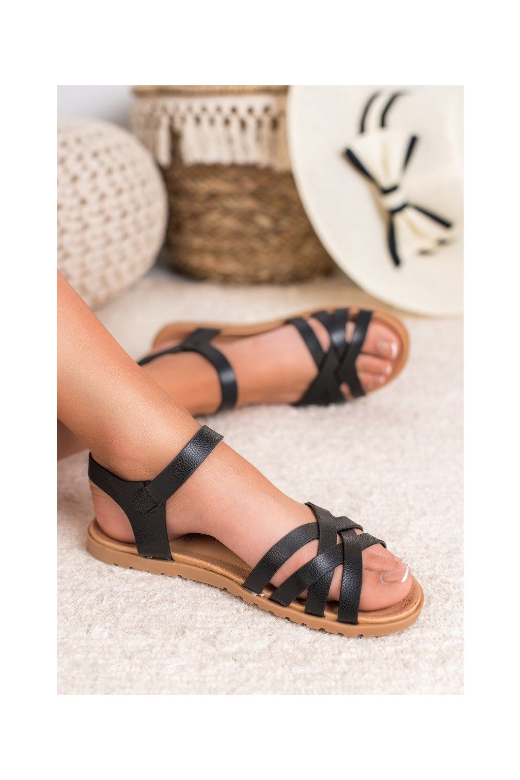 Čierne sandále - Bless kod CZ037B