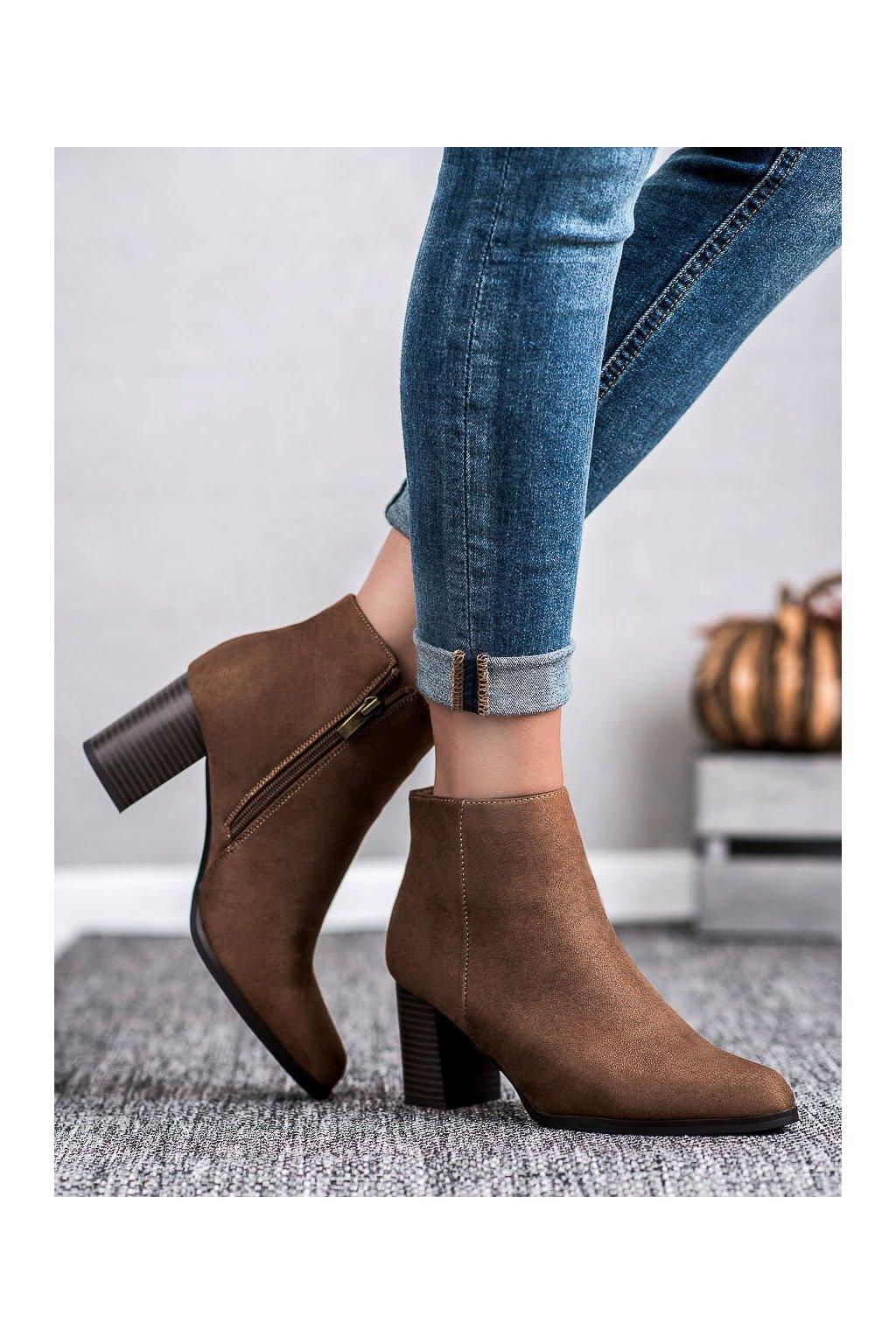 Hnedé dámske topánky Filippo kod DBT1022/19BR