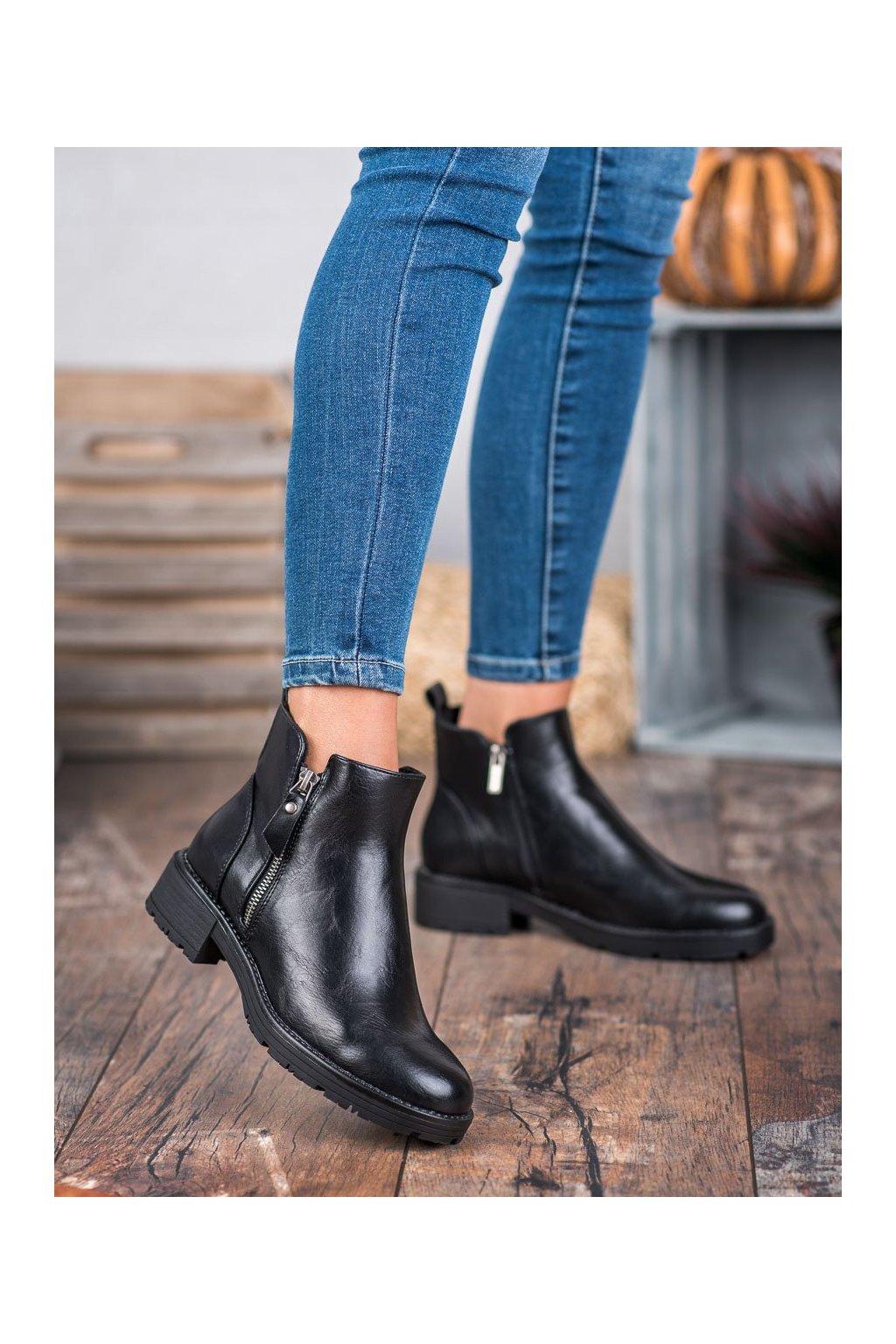 Čierne dámske topánky na plochom podpätku Vinceza kod XY20-10479B