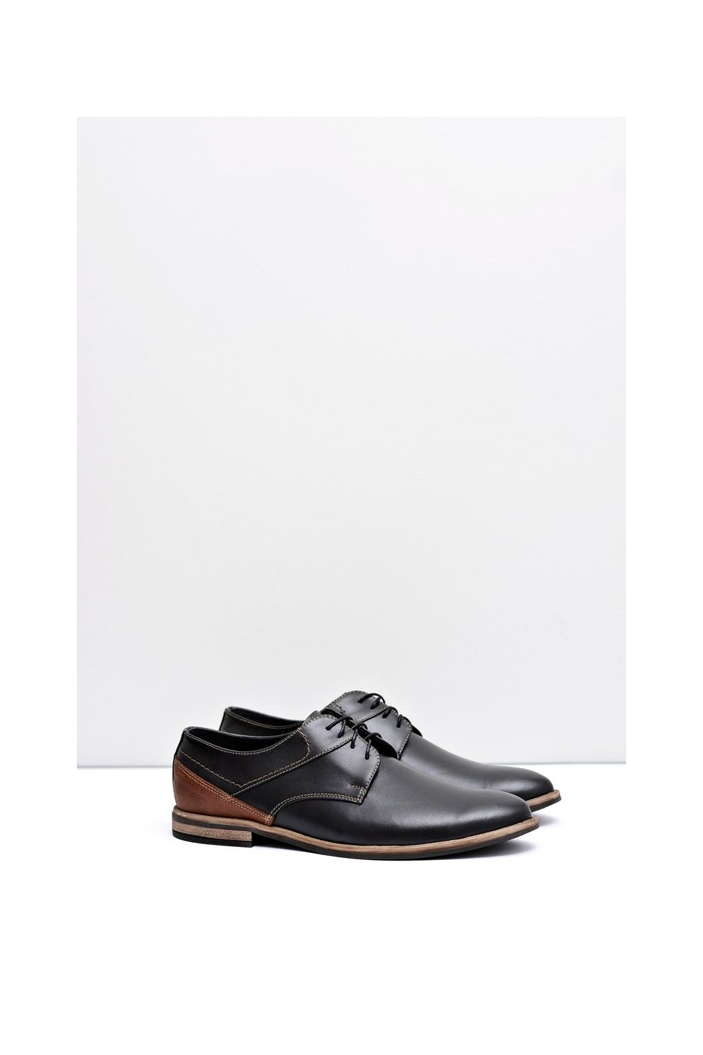 Pánske poltopánky farba čierna kód obuvi 415 BLK