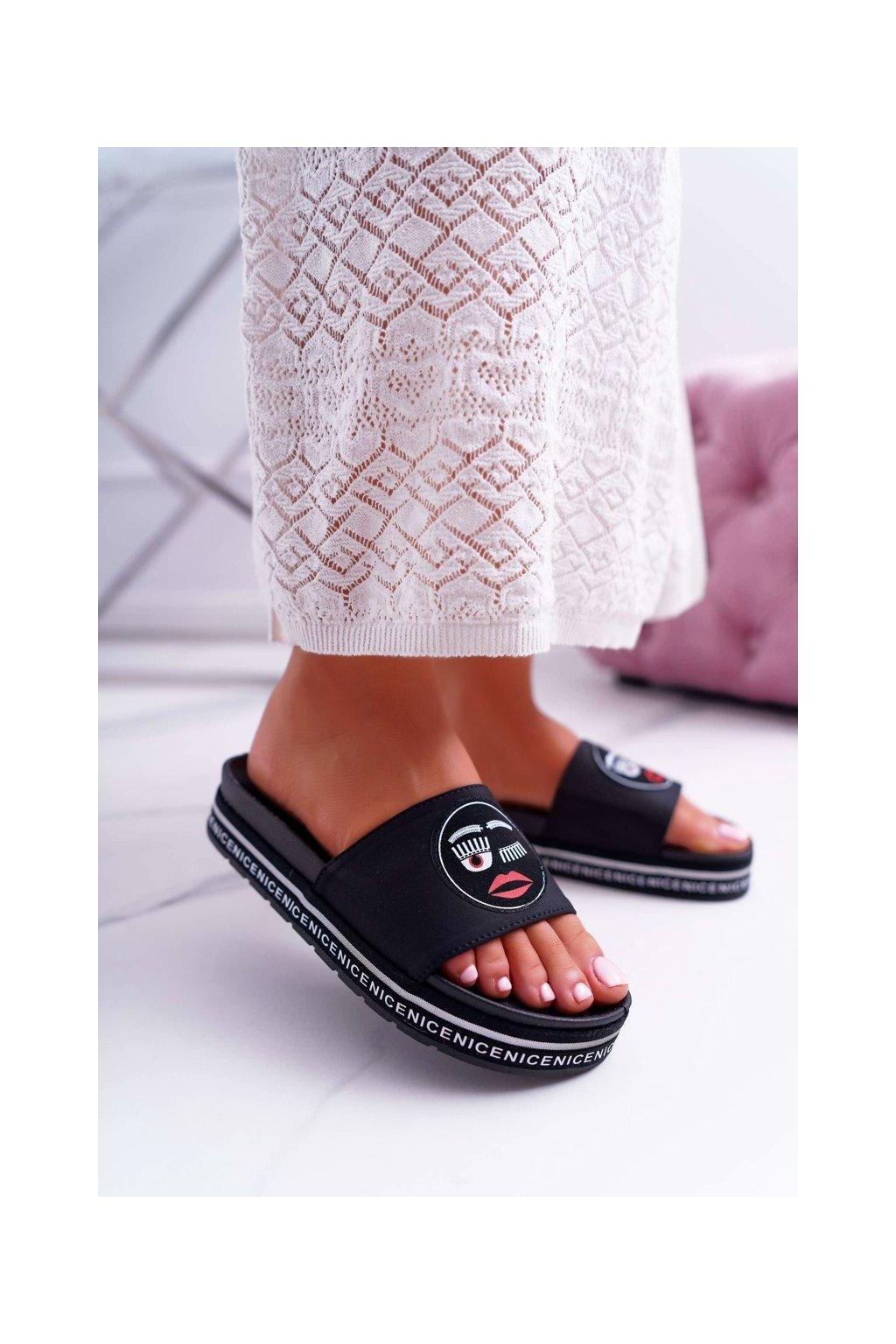 Dámske šľapky farba čierna kód obuvi 820-10 BLK