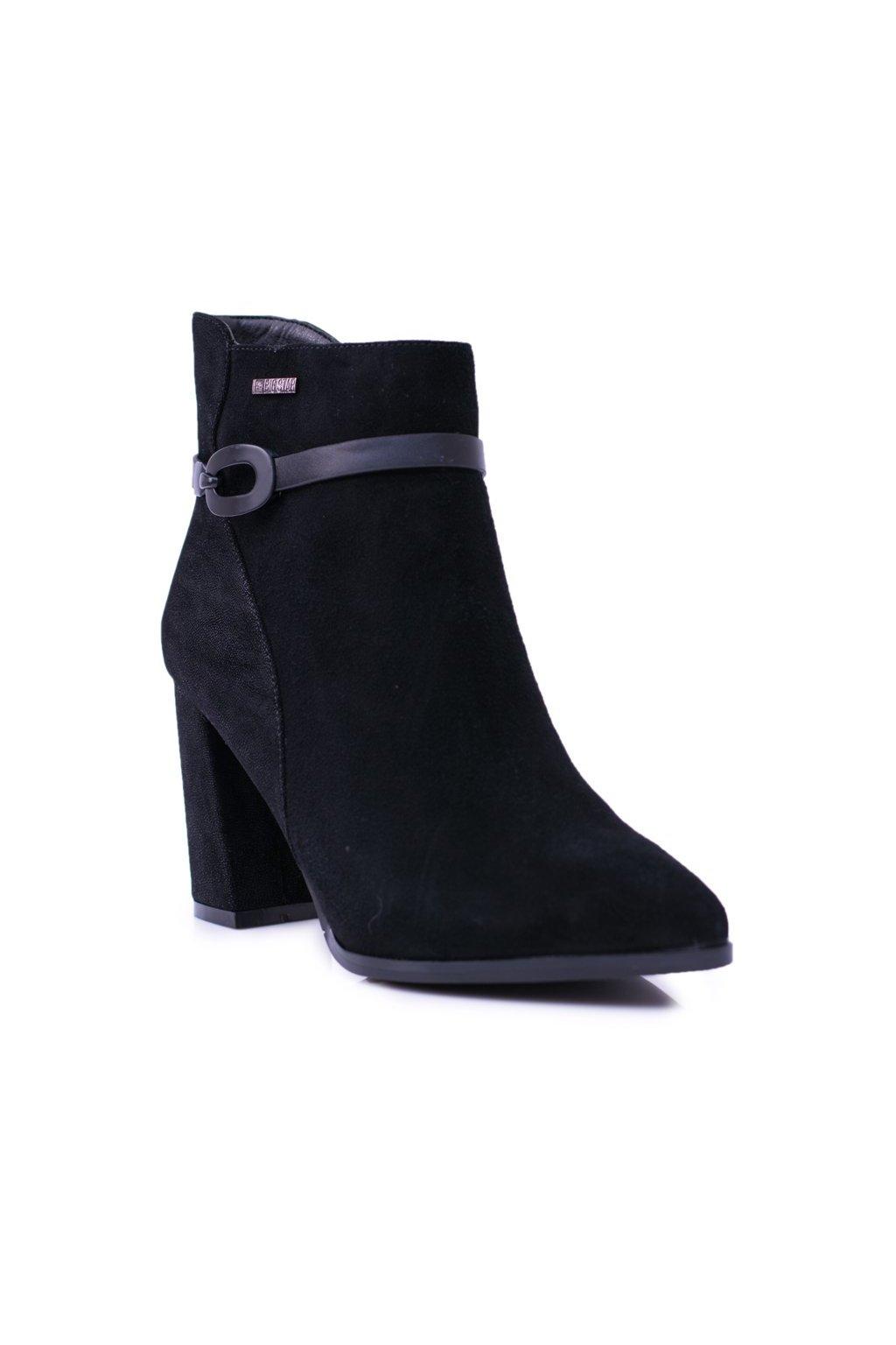 Členkové topánky na podpätku farba čierna kód obuvi BB274383 BLK