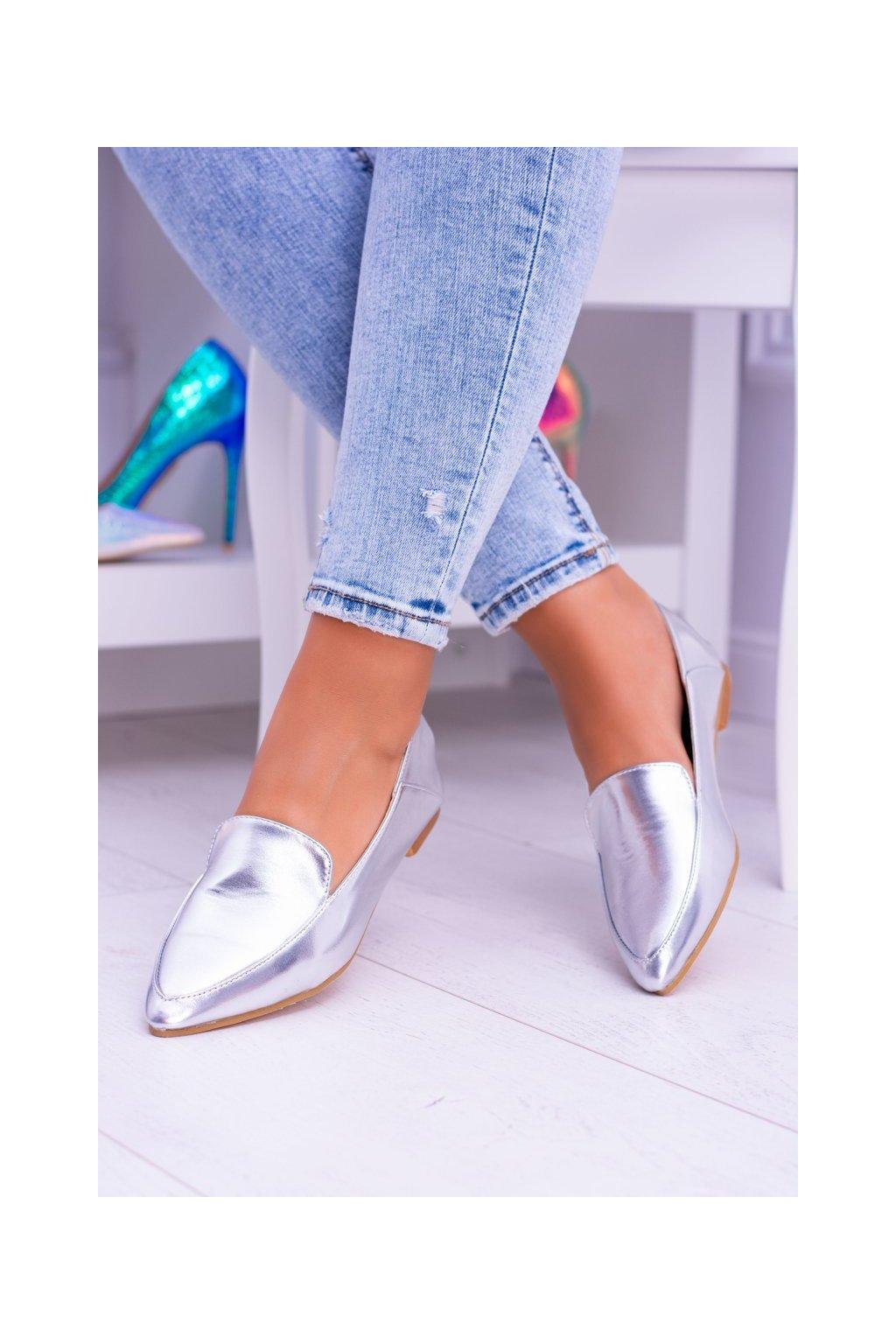 Dámske mokasíny farba sivá kód obuvi 978-TT6 SILVER
