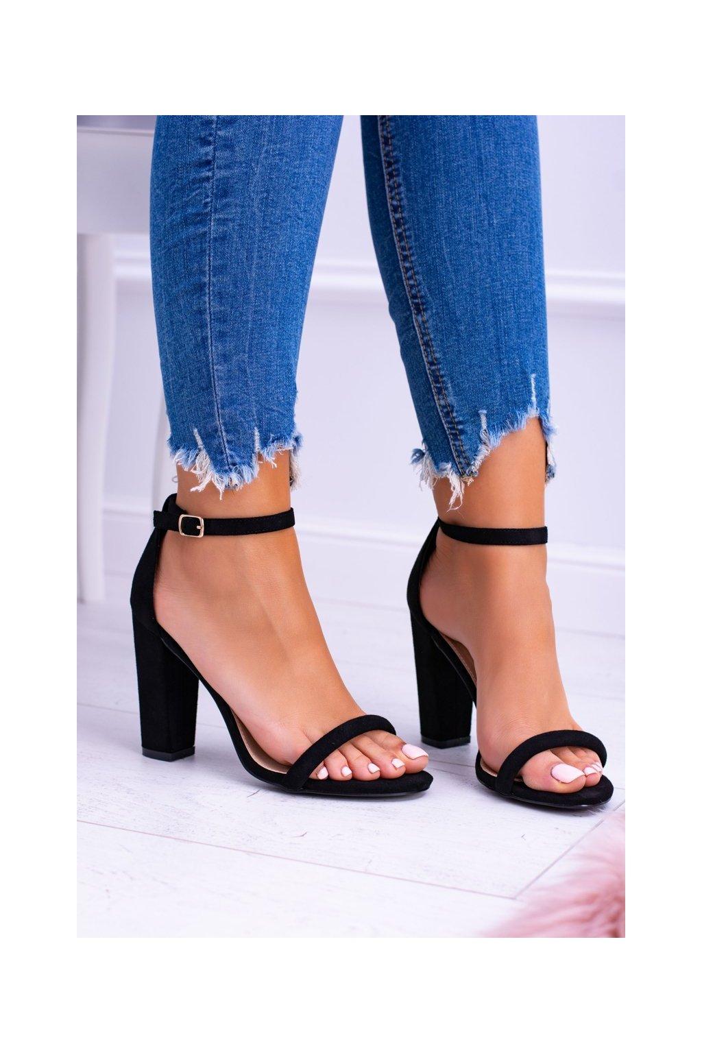 Dámske sandále na podpätku farba čierna kód obuvi LB-04 BLK