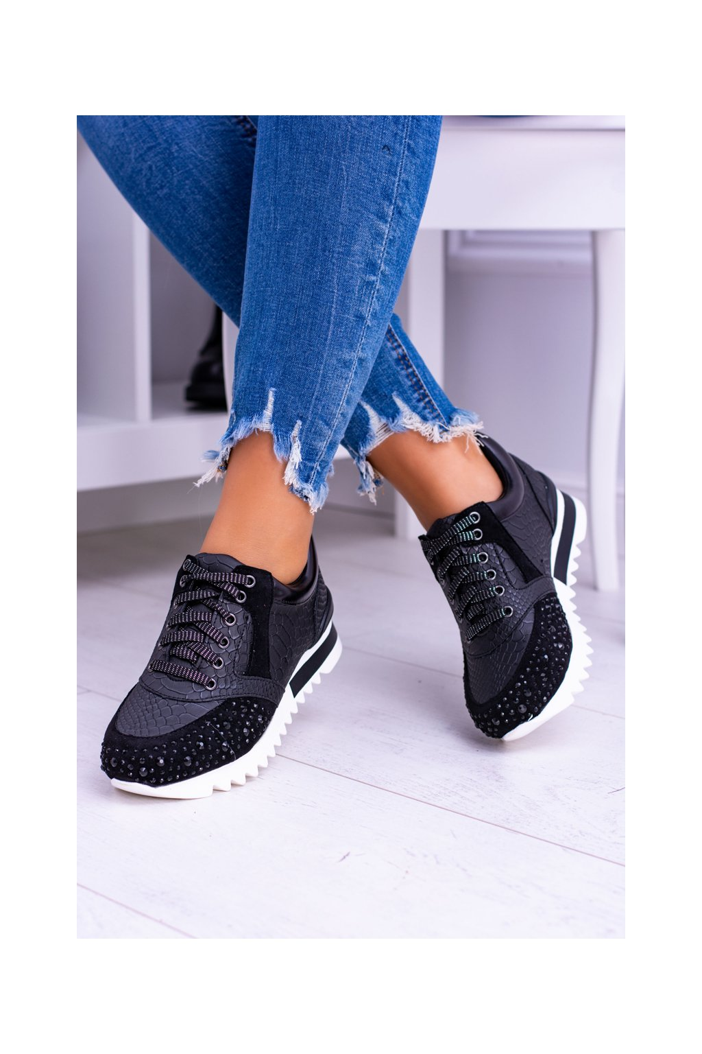 Čierne dámske športové topánky s kubickým zirkónom Lu Boo Infinitiale