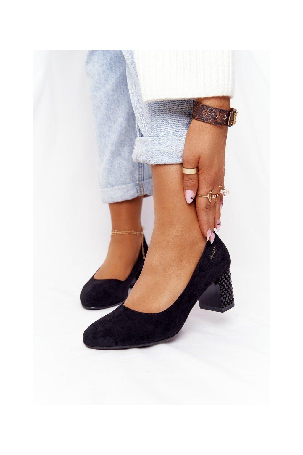 Dámske lodičky farba čierna kód obuvi PB178 BLK KARBOWANY