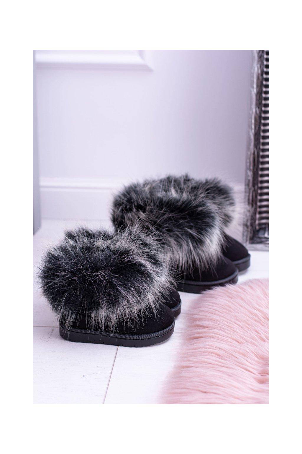 Detské členkové topánky Snehule s kožušinou čierne Small Fox
