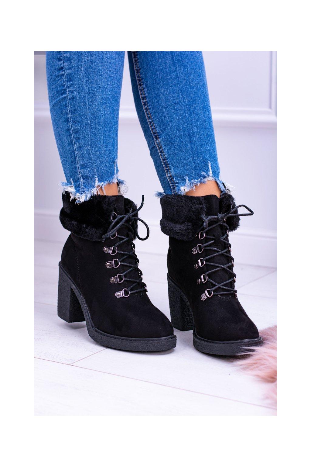 Dámske čierne členkové topánky s kožešiny Influence