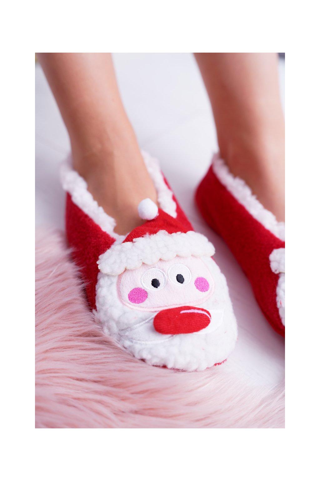 Dámske šľapky farba červená kód obuvi 97520