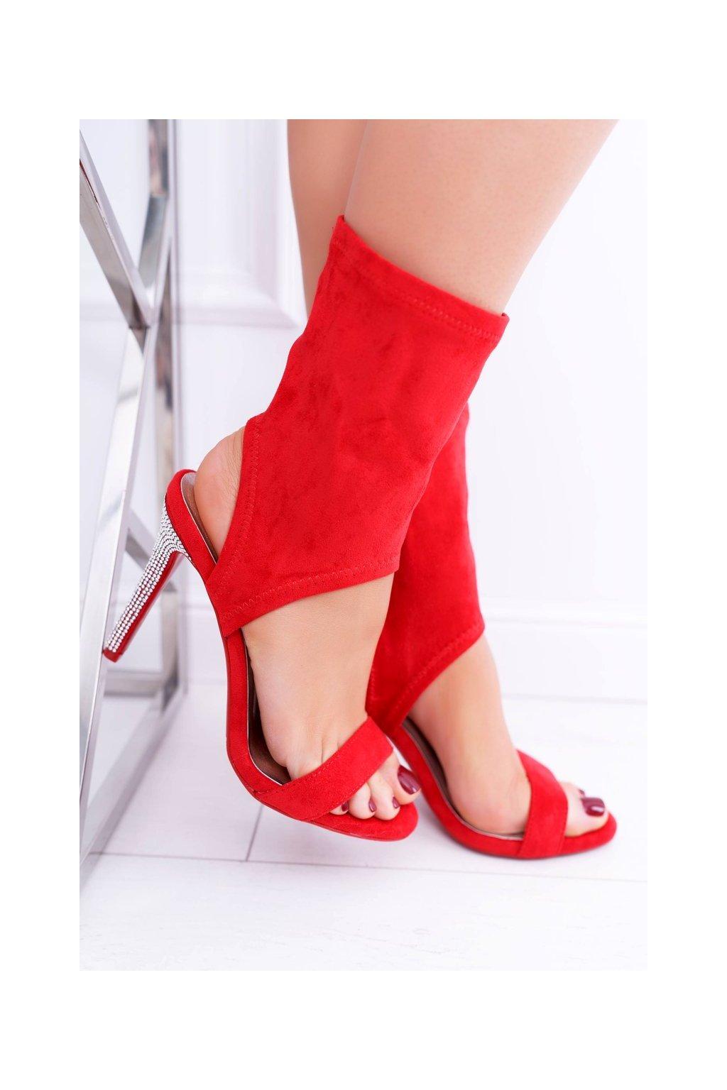 Dámske sandále farba červená kód obuvi D-52 RED