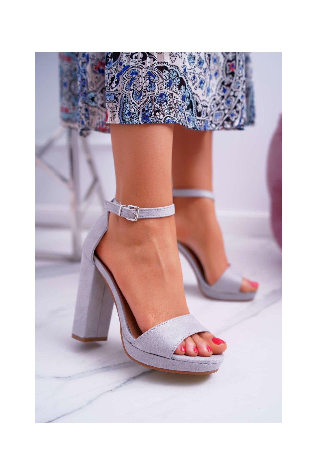 Dámske sivé semišové Sandále na plošine Debora