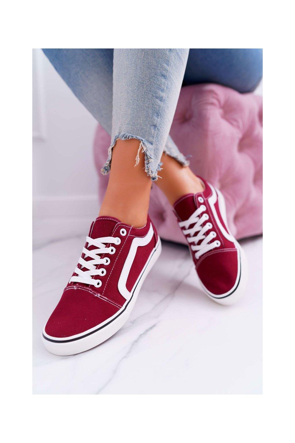 Dámske tenisky farba červená kód obuvi 9SP30-1145 BURGUNDY