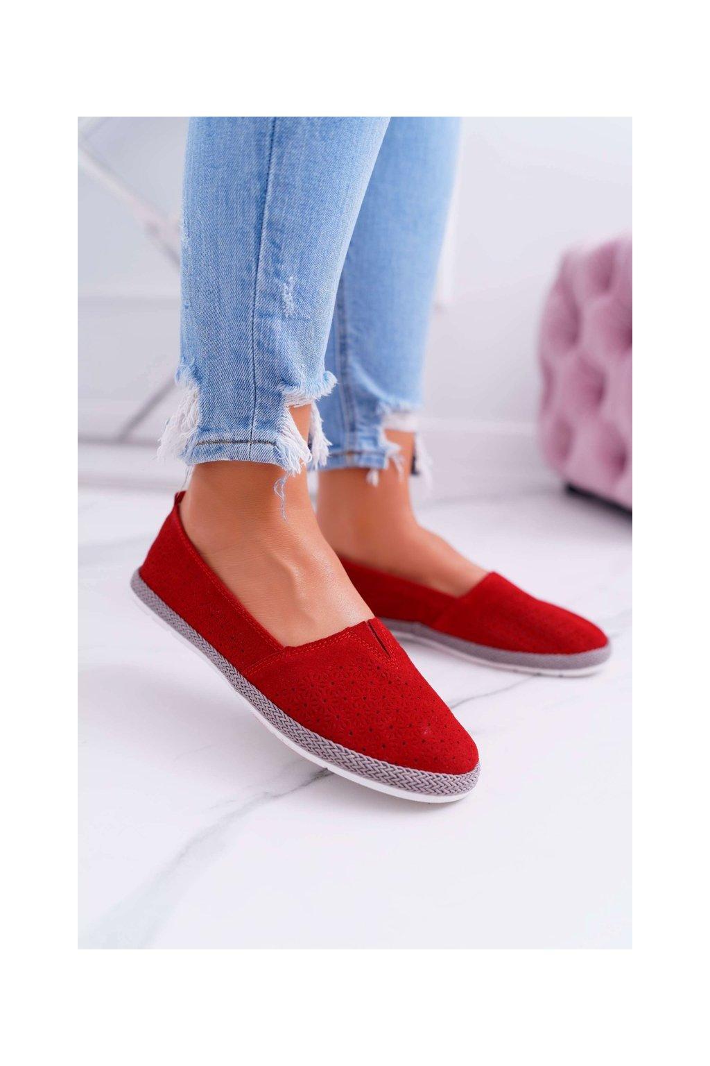 Dámske tenisky farba červená kód obuvi JRR-11 RED
