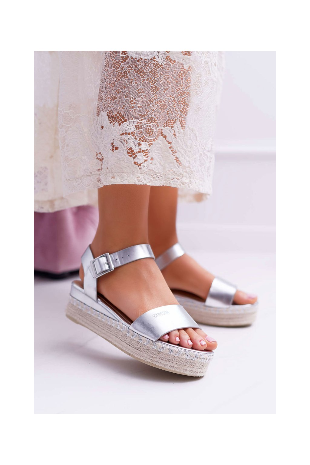 Dámske Sandále B. Star na klíne strieborné DD274740