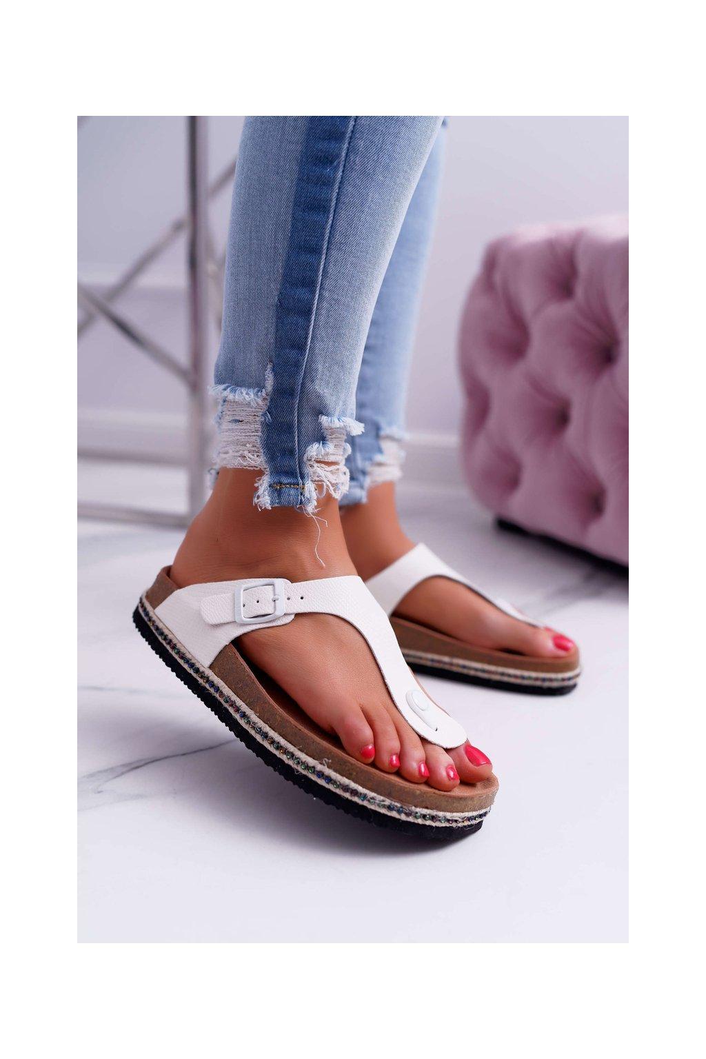 Dámske šľapky farba biela kód obuvi DD274130 WHITE