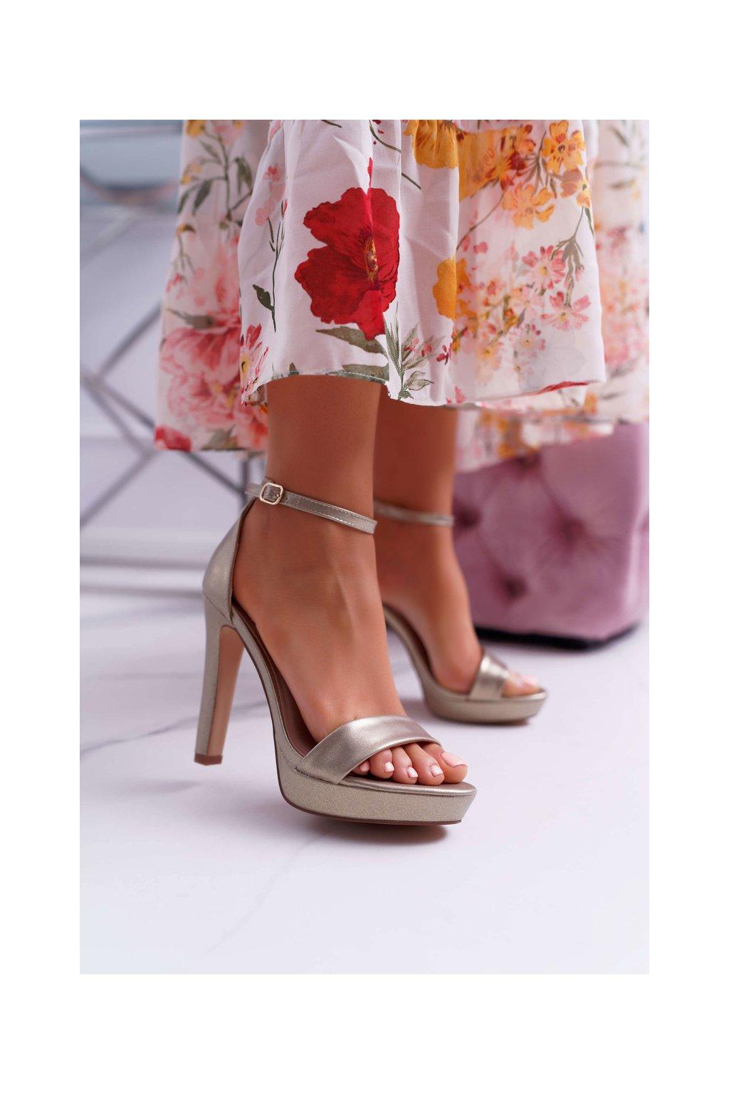 Dámske Sandále na podpätku Zlaté Ellania