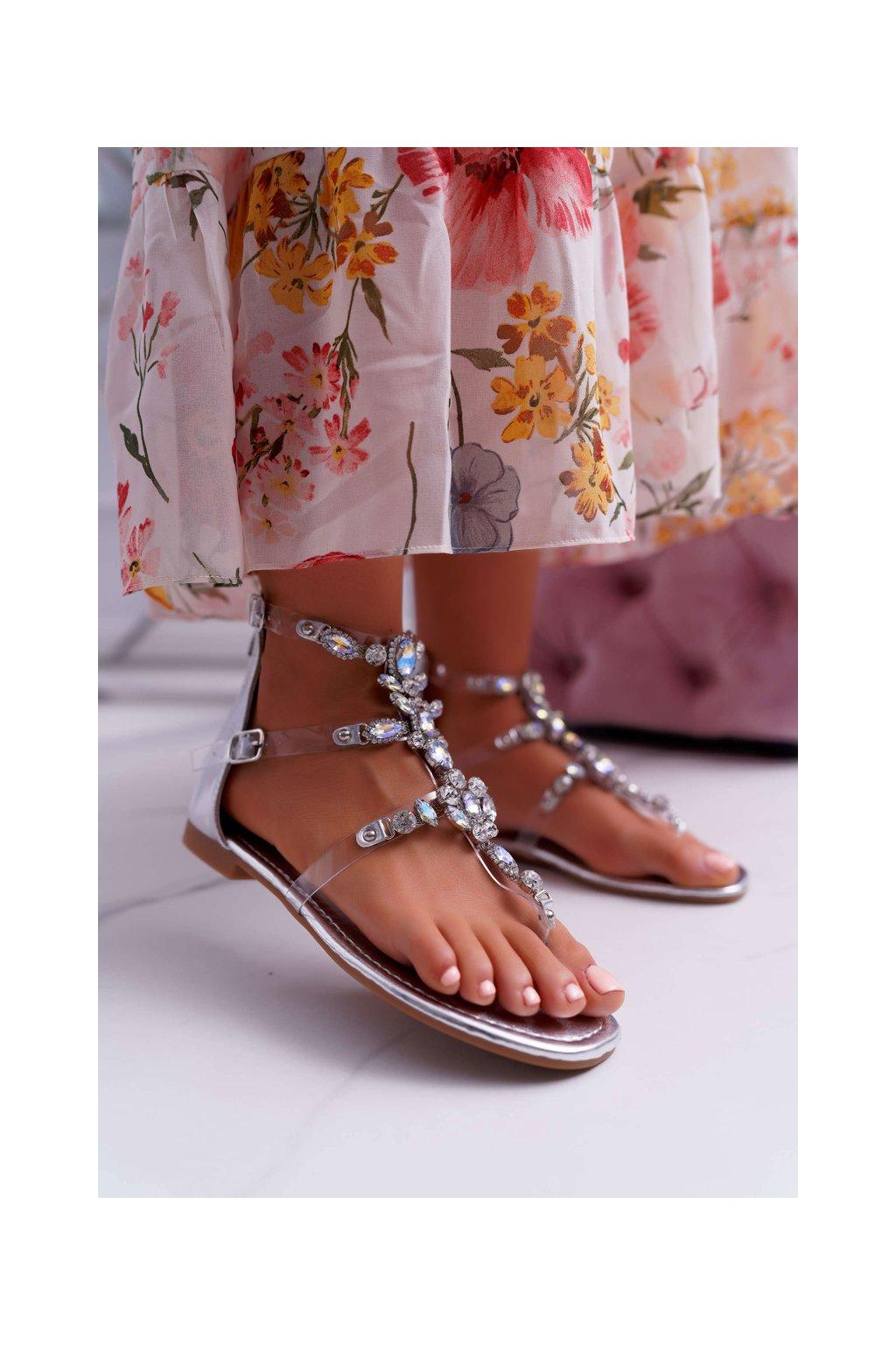 Dámske Sandále na podpätku strieborné Ywena