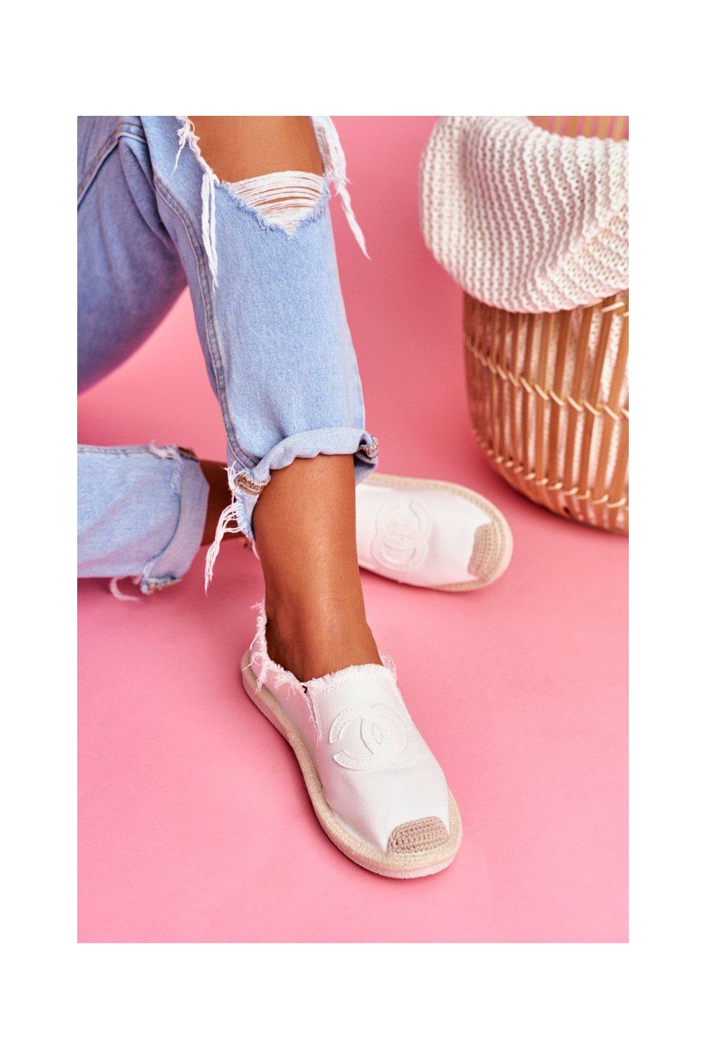 Dámske tenisky farba biela kód obuvi NB273 WHITE