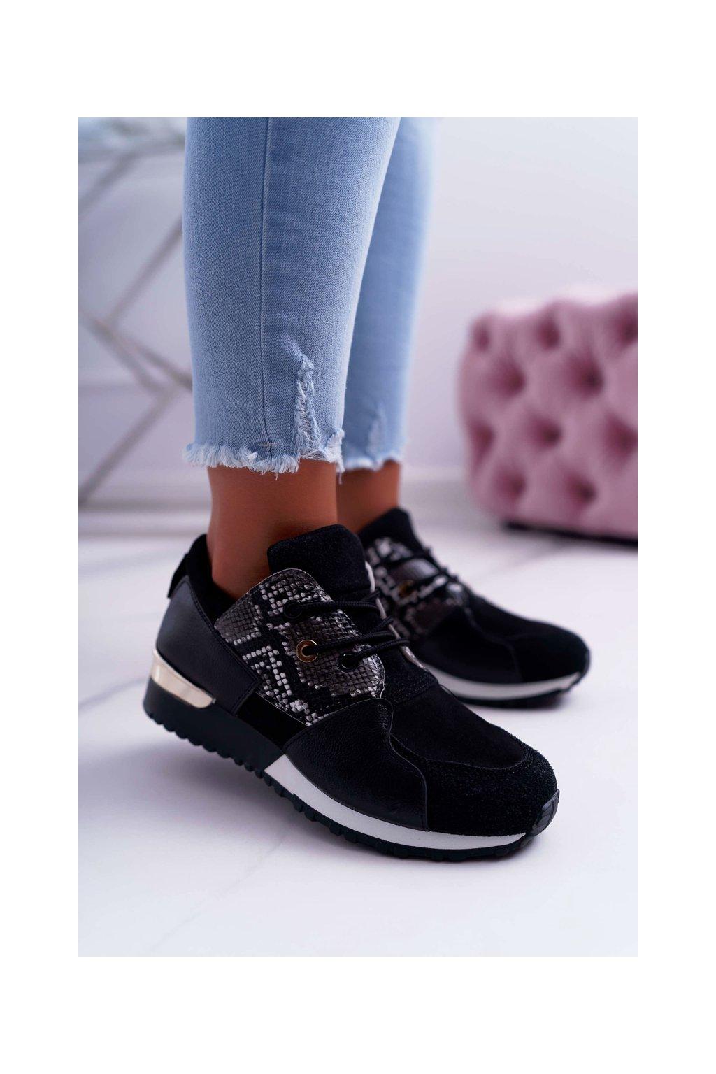 Dámska športová obuv čierne Tri Star