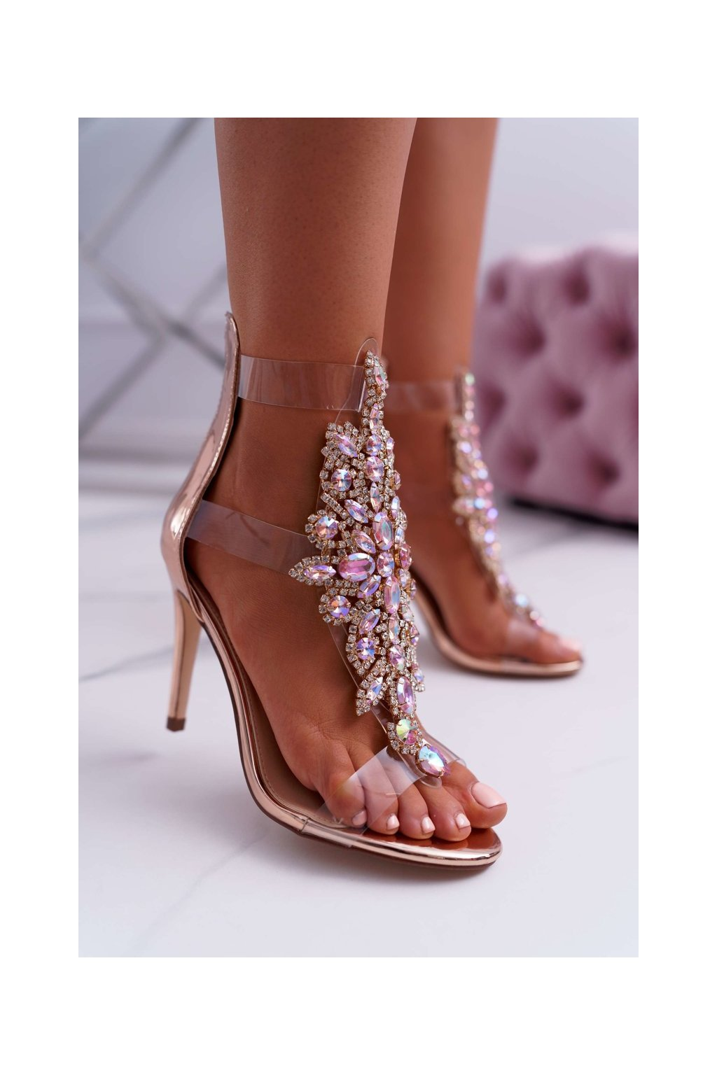 Dámske sandále na podpätku farba ružová kód obuvi 2047-89 ROSE GOLD