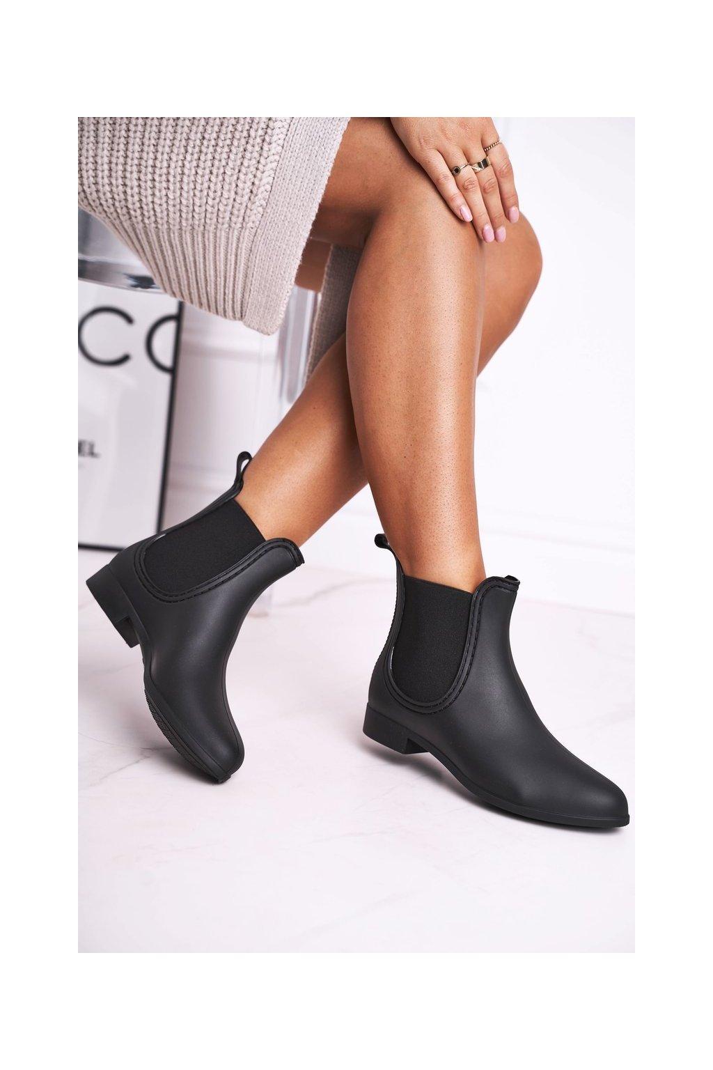 Dámske gumáky farba čierna kód obuvi 9019 BLK