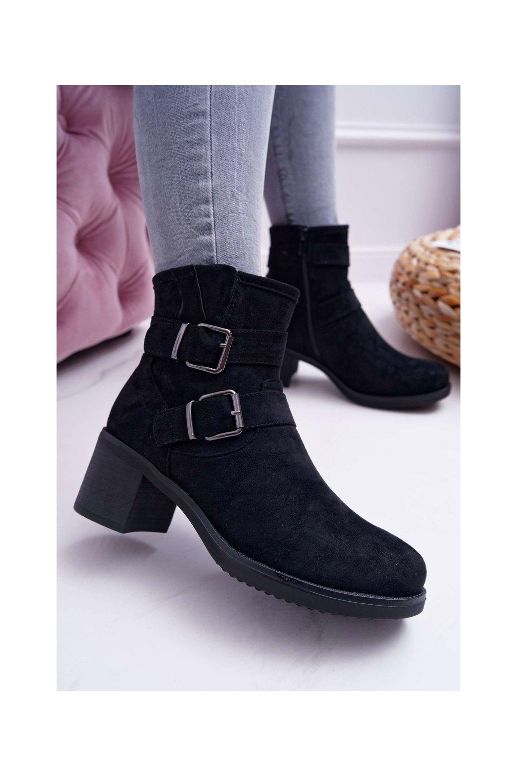 Členkové topánky na podpätku farba čierna kód obuvi TX-1815 BLK
