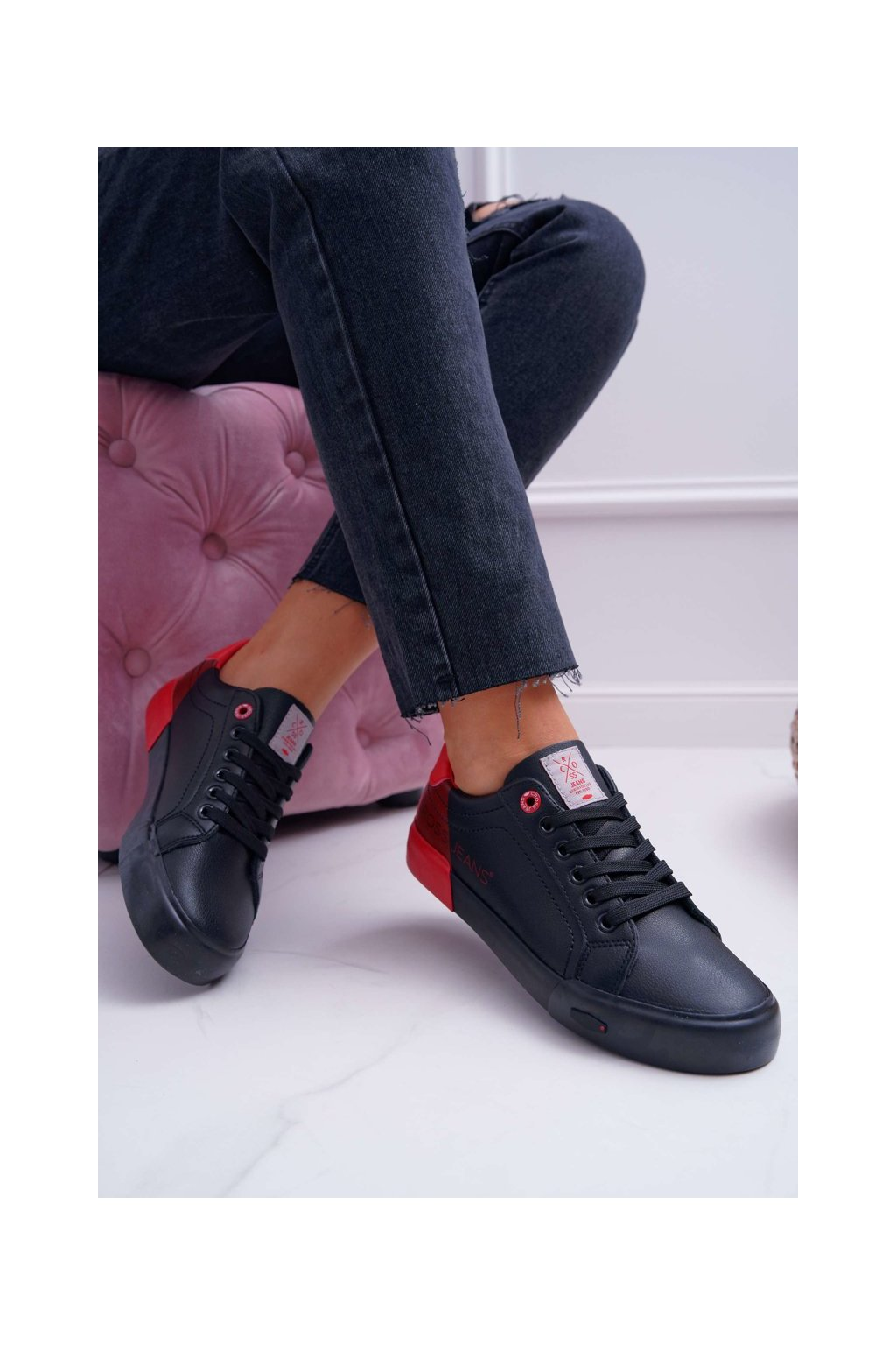 Dámske tenisky farba čierna kód obuvi EE2R4019C BLK