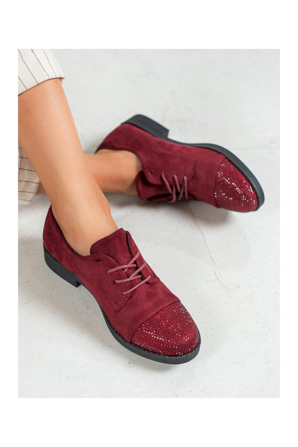 Červené poltopánky na plochom podpätku Best shoes kod CM-3K139WI/R