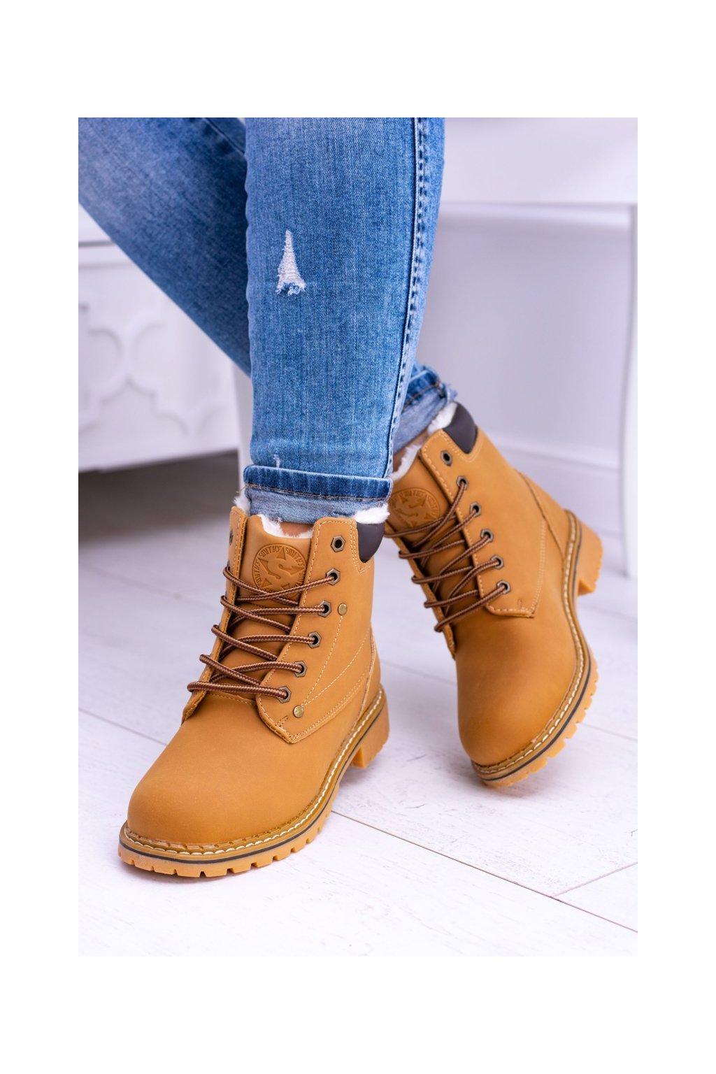 Členkové topánky na podpätku farba hnedá kód obuvi M0056 CAMEL