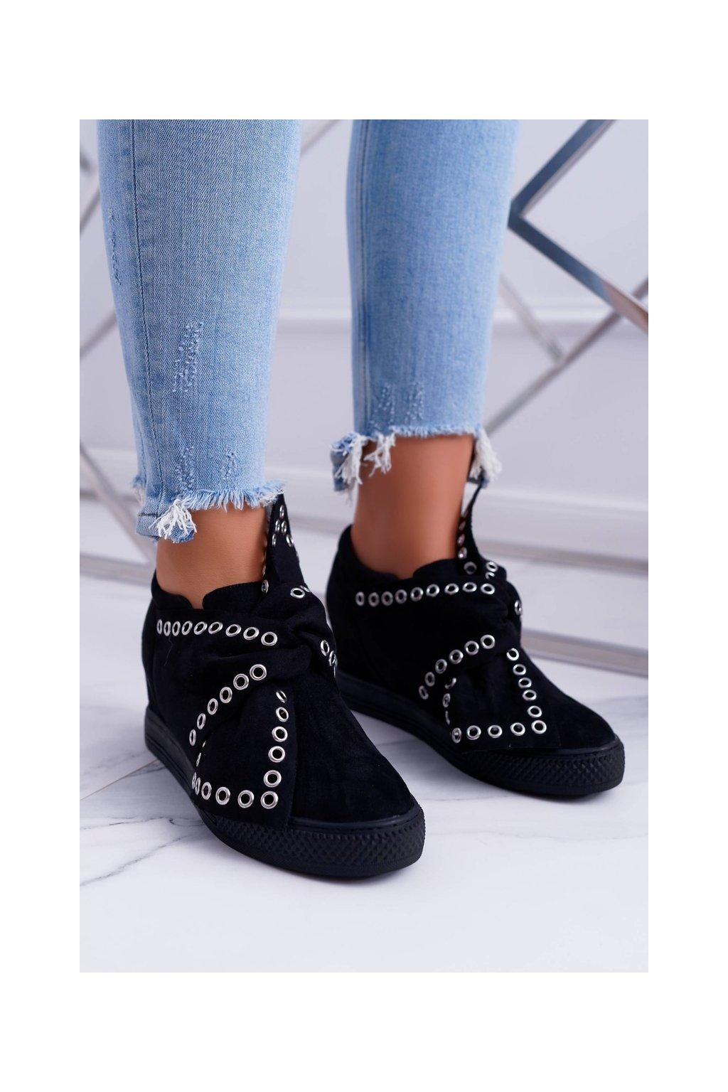 Dámske tenisky farba čierna kód obuvi XW37325 BLK